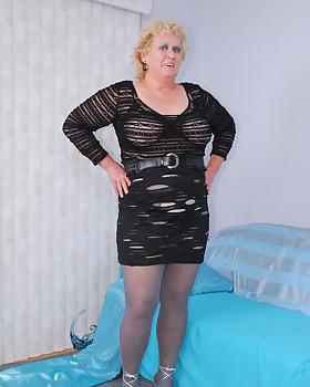 Fanny from Fanny's Frolics is a kinky BBW